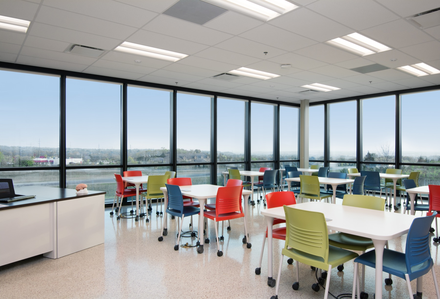 Cincinnati Office Furniture Store | OstermanCron